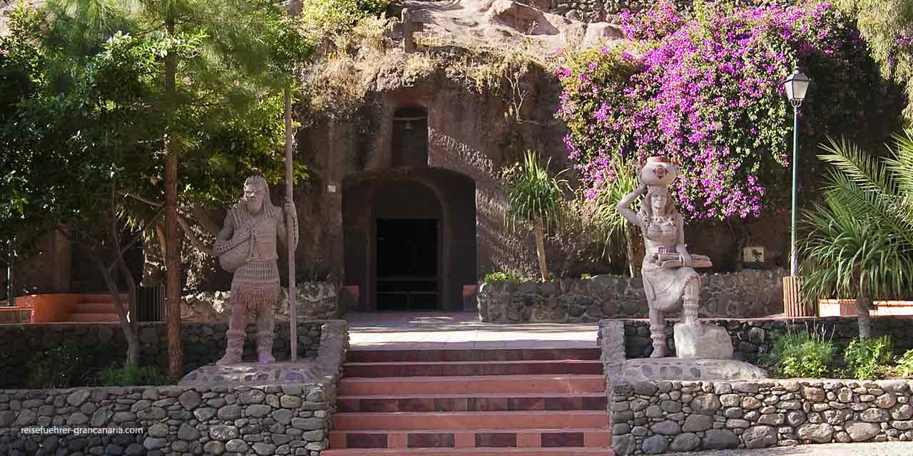 Höhlenkirche im Barranco de Guayadeque