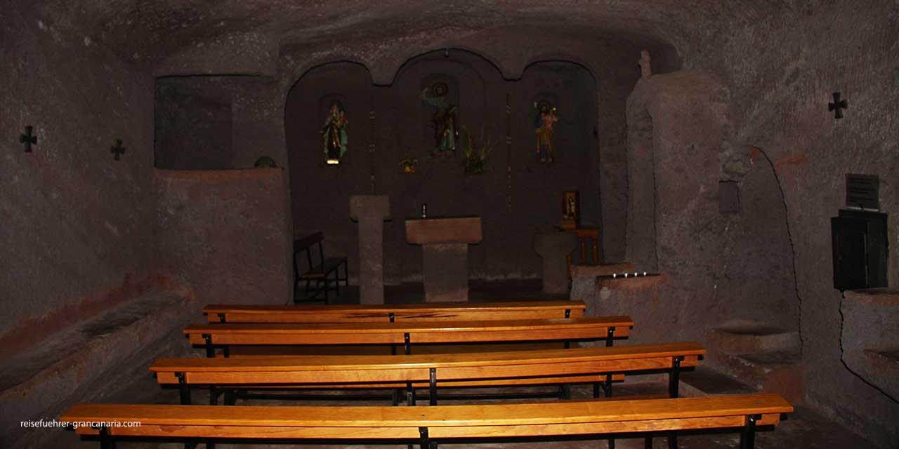 Barranco de Guayadeque - Blick in die Höhlenkirche