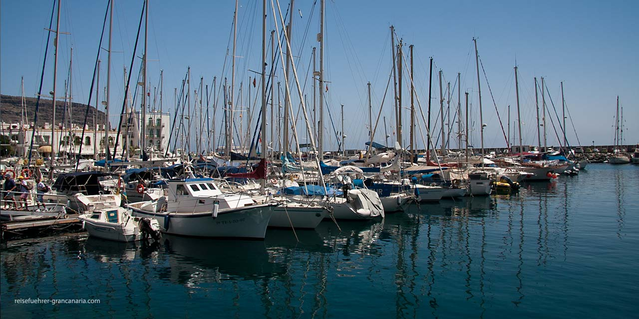 Puerto de Mogan - Boote im Hafen