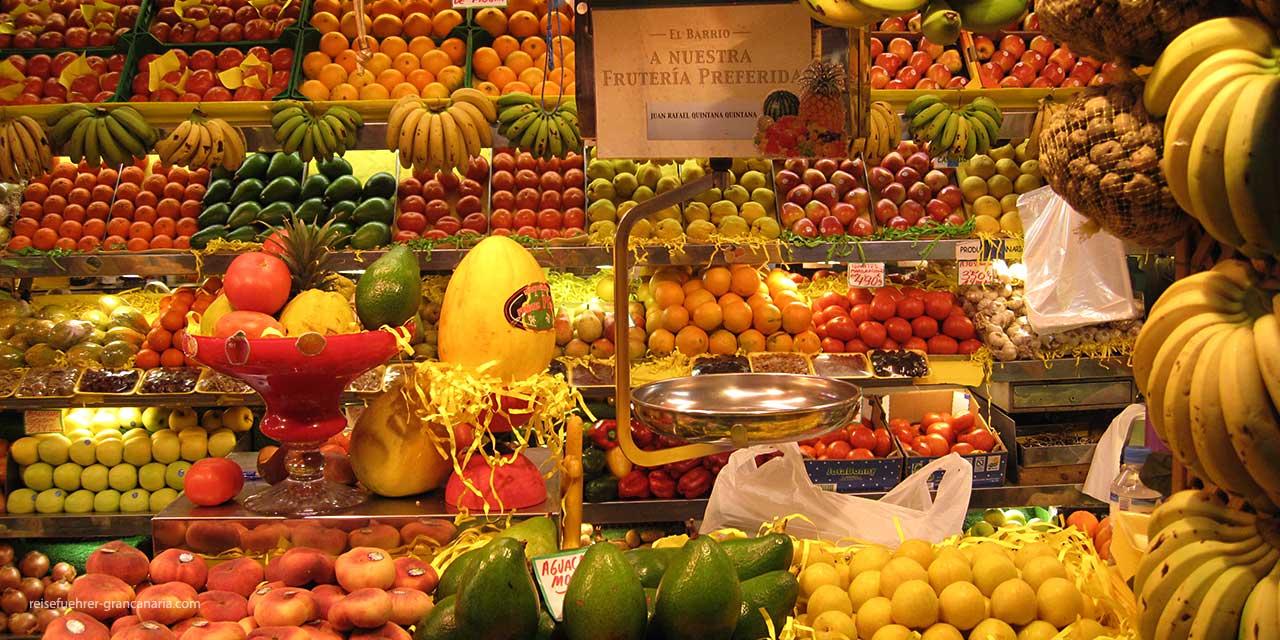 Frisches Obst und Gemüse im Mercado de Vegueta in Las Palmas
